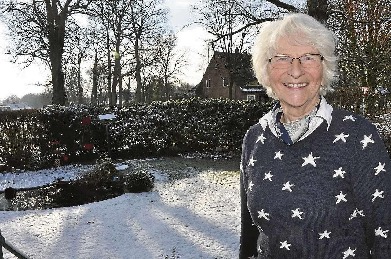 Seit über zehn Jahren trainiert Bärbel Friehe mit ihrer Seniorenturngruppe einmal wöchentlich an der frischen Luft.