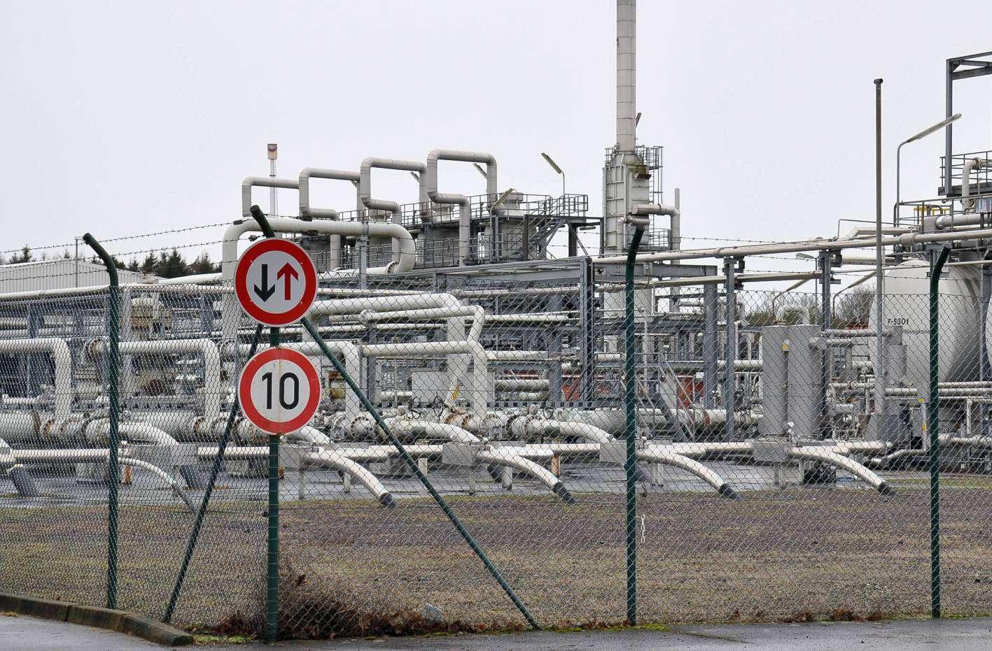 Das Exxon-Betriebsgelände in Bellen: Samtgemeinderat Bothel und die AG Erdgas fordern das Landesbergamt auf, eine Umweltverträglichkeitsprüfung vorzunehmen. Archivfoto: Doris Metternich