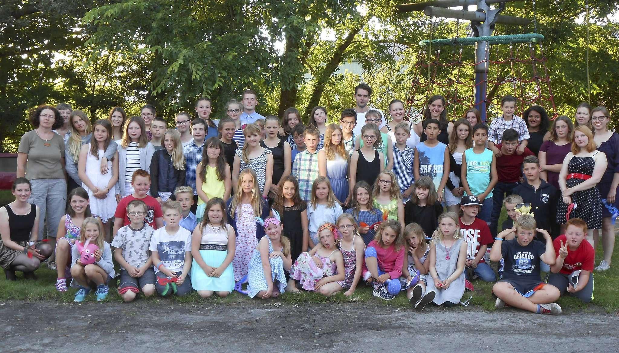 53 Kinder besuchten mit ihren Betreuern Friedrichskoog.