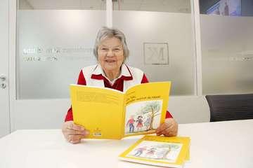 Grete Hoops veröffentlicht ihr erstes plattdeutsches Schulbuch  Von Nina Baucke