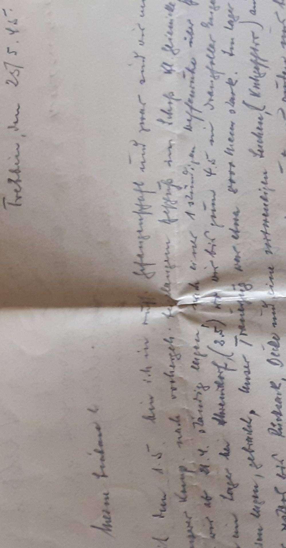 Auf die Rückseite eines Anforderungsformulars schreibt Lores Vater einen Brief aus dem Lager auf Schloss Klein Glienicke.