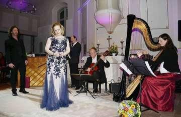 MarieChristine Haase Brett Carter und das Trio Traummusik begeistern in der Brockeler Kirche  Von Karen Bennecke