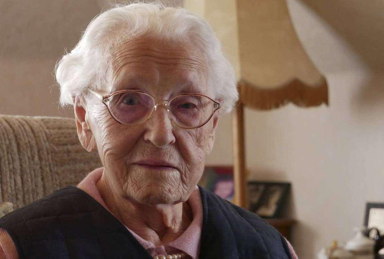 Lieselotte Müller feiert am kommenden Montag ihren 100. Geburtstag. Foto: Karen Bennecke