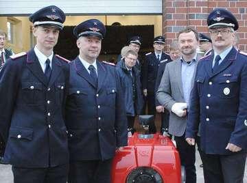 Brockeler Feuerwehr freut sich über Anschaffung
