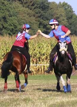 250 MountedGamesReiter beim Turnier in Kirchwalsede