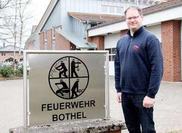 Botheler Feuerwehr nimmt erstmals Eintritt bei Osterfeuerparty