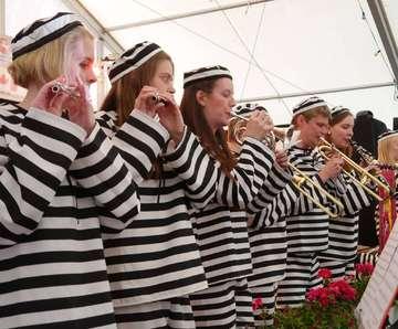 Blaskapelle Hemslingen begeistert im Söhlinger Festzelt  Von Janila Dierks