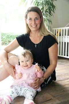 Vivien Reinecke sucht nach einem Krippenplatz für ihre Tochter  Von Nina Baucke