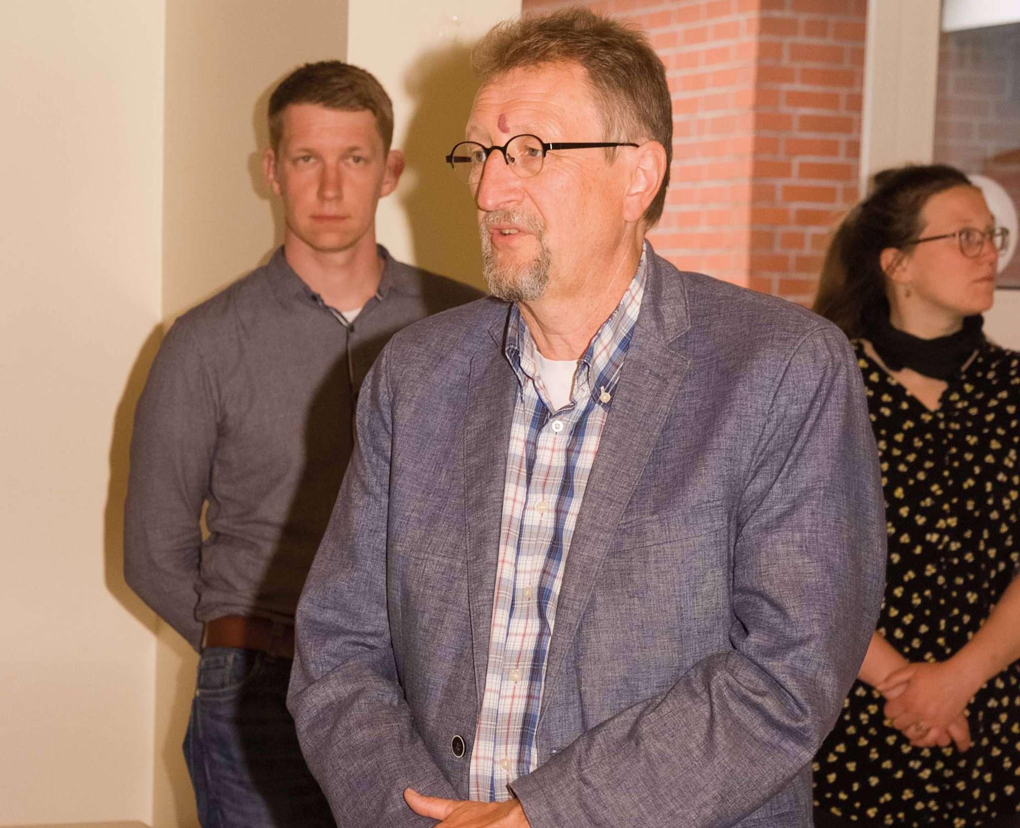 Wolfgang Kleine-Limberg informierte über die bisherigen Planungen. Foto: Tobias Woelki