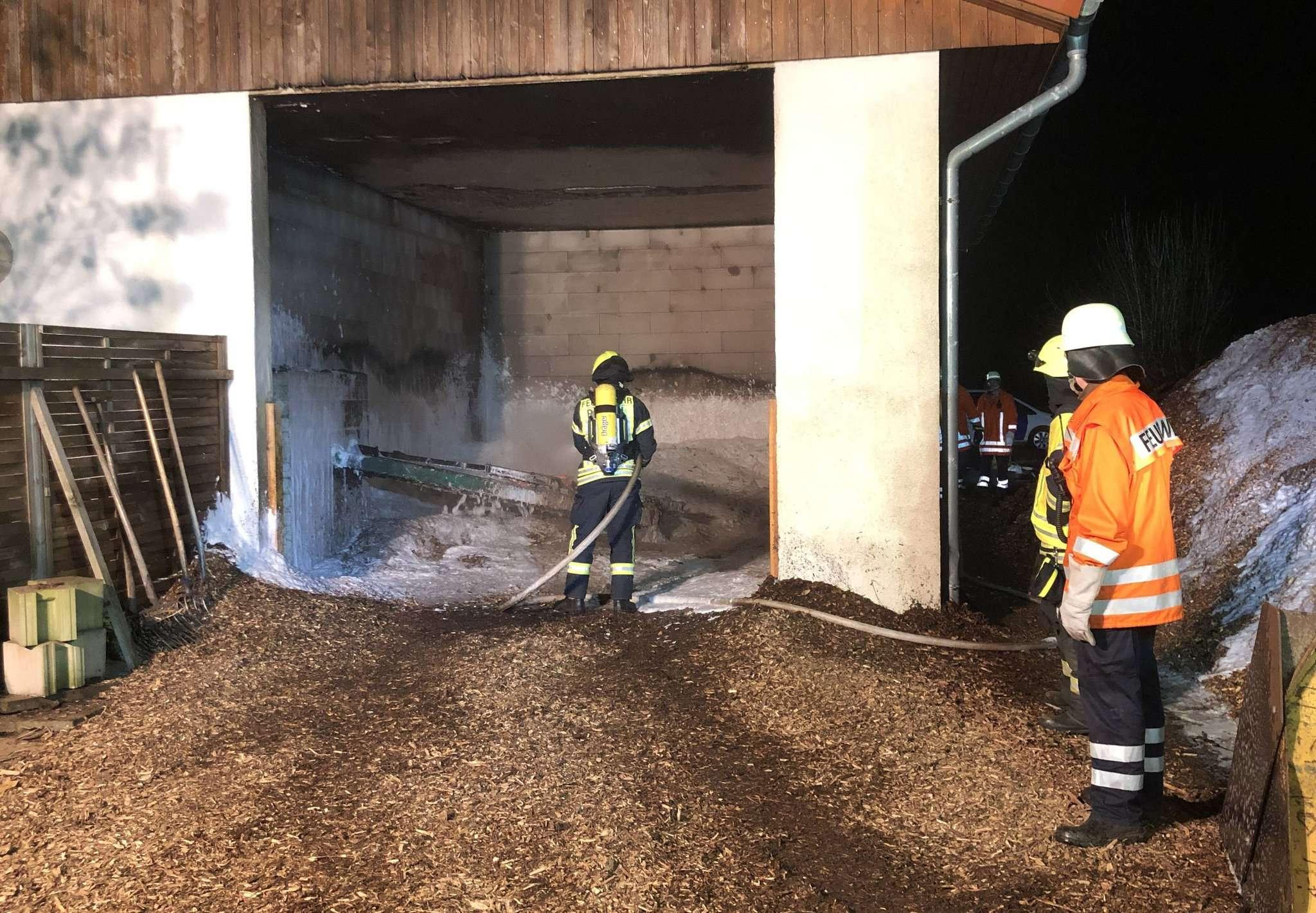 Der Feuerwehr gelang es, den Brand schnell unter Kontrolle zu bekommen.