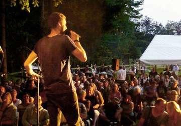Fünfjähriges Jubiläum des Dichterwettstreits Poetry im Park