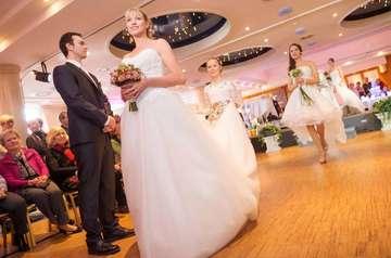 Große Vielfalt bei der zehnten Hochzeitsmesse in Stemmen