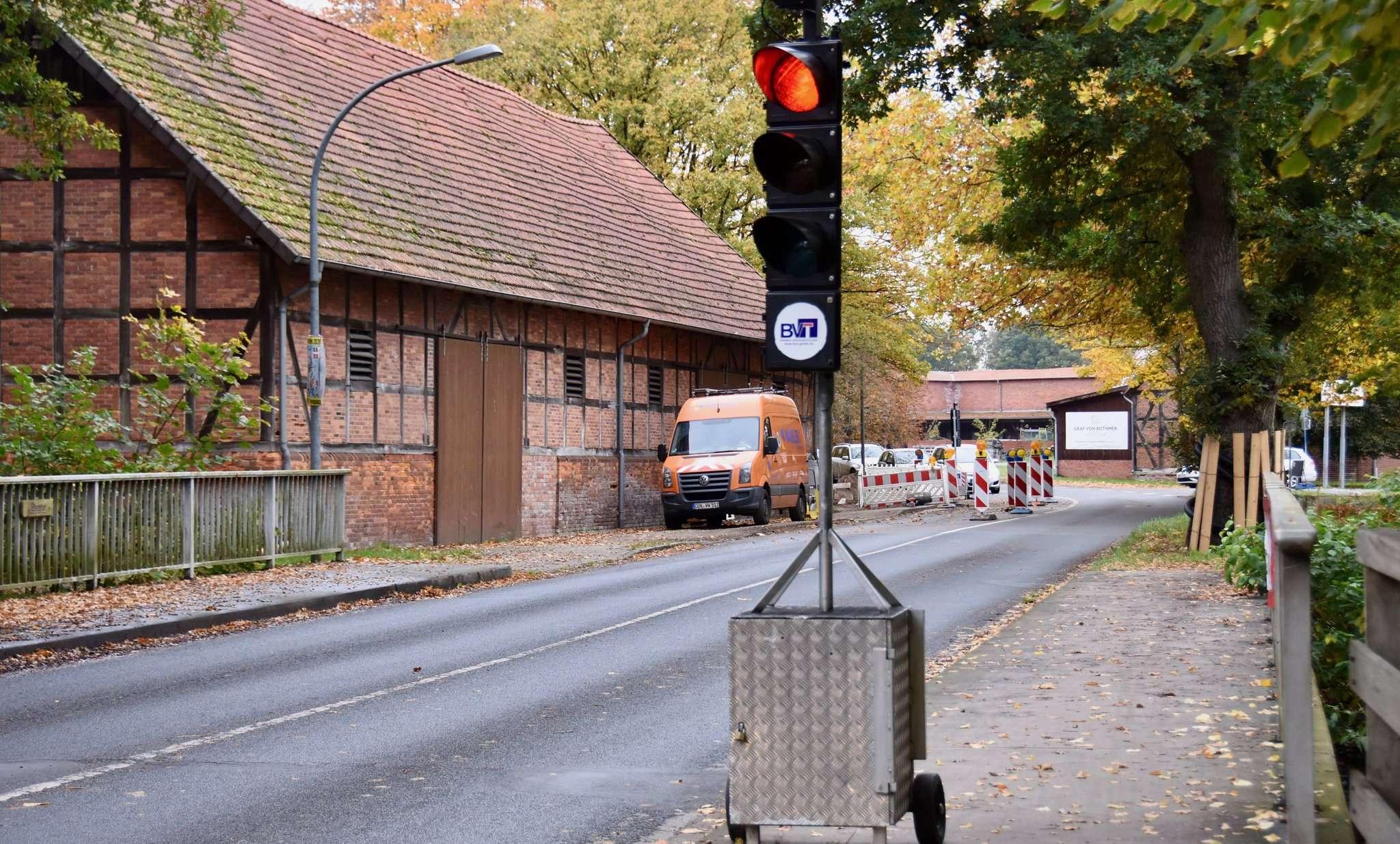Ab Ende November wird die Brücke über die Wümme erneuert und für den Verkehr gesperrt. Fotos: Judith Tausenfreund