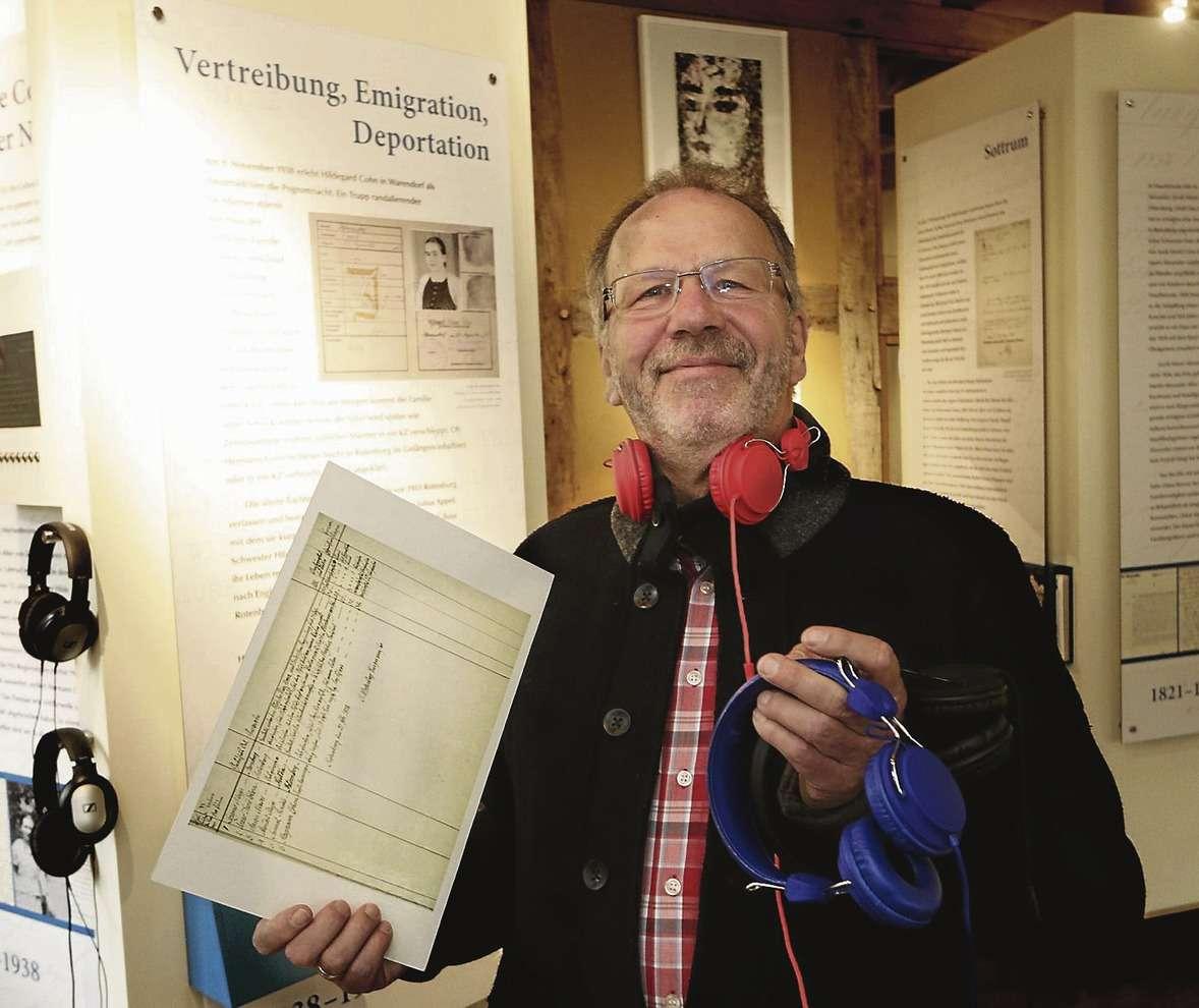 Vorsitzender Michael Schwekendiek hofft darauf, dass aufgrund des neuen medialen Konzeptes künftig noch mehr Besucher sich für das jüdische Museum in der Cohn-Scheune interessieren.
