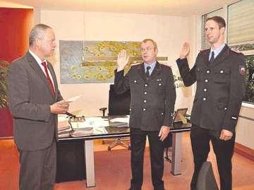 Ortsbrandmeister Volkmann und Stellvertreter Klee vereidigt