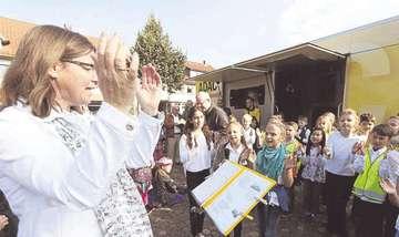 Rotenburger Erstklässler erhalten Westen für mehr Sicherheit