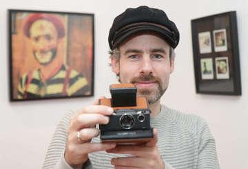 Künstler Thorsten Finner stellt Fotos im HaakeMeyer aus