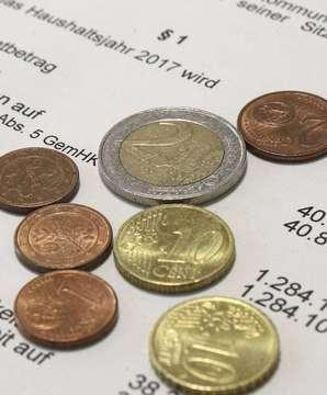 Rotenburger Stadtrat beschließt Haushalt für 2017 mit 134 Millionen �berschuss  Von Dennis Bartz
