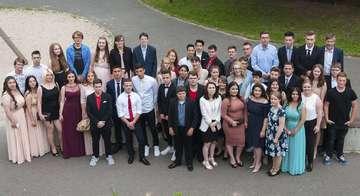 TheodorHeussSchule verabschiedet 54 Schüler der Abschlussklassen