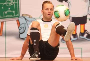 DFB fördert Talente an IGS  Kooperationsvertrag unterschrieben  Von Dennis Bartz