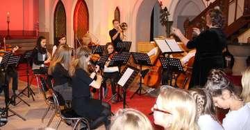 Ratsgymnasiasten spielen klassische Stücke