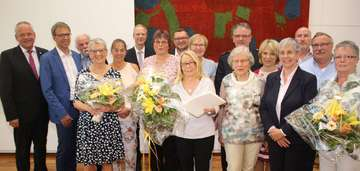 Stadt Rotenburg ehrt stille Stars im Ratssaal  Von Henning Leeske