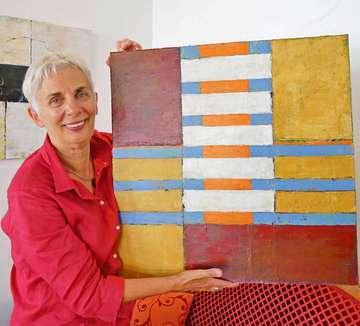 Künstlerin Anita Wolf stellt im Caf� Marleen aus  Von Karen Bennecke