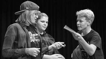 Jugendtheater Rollentausch führt Romeo und Julia auf