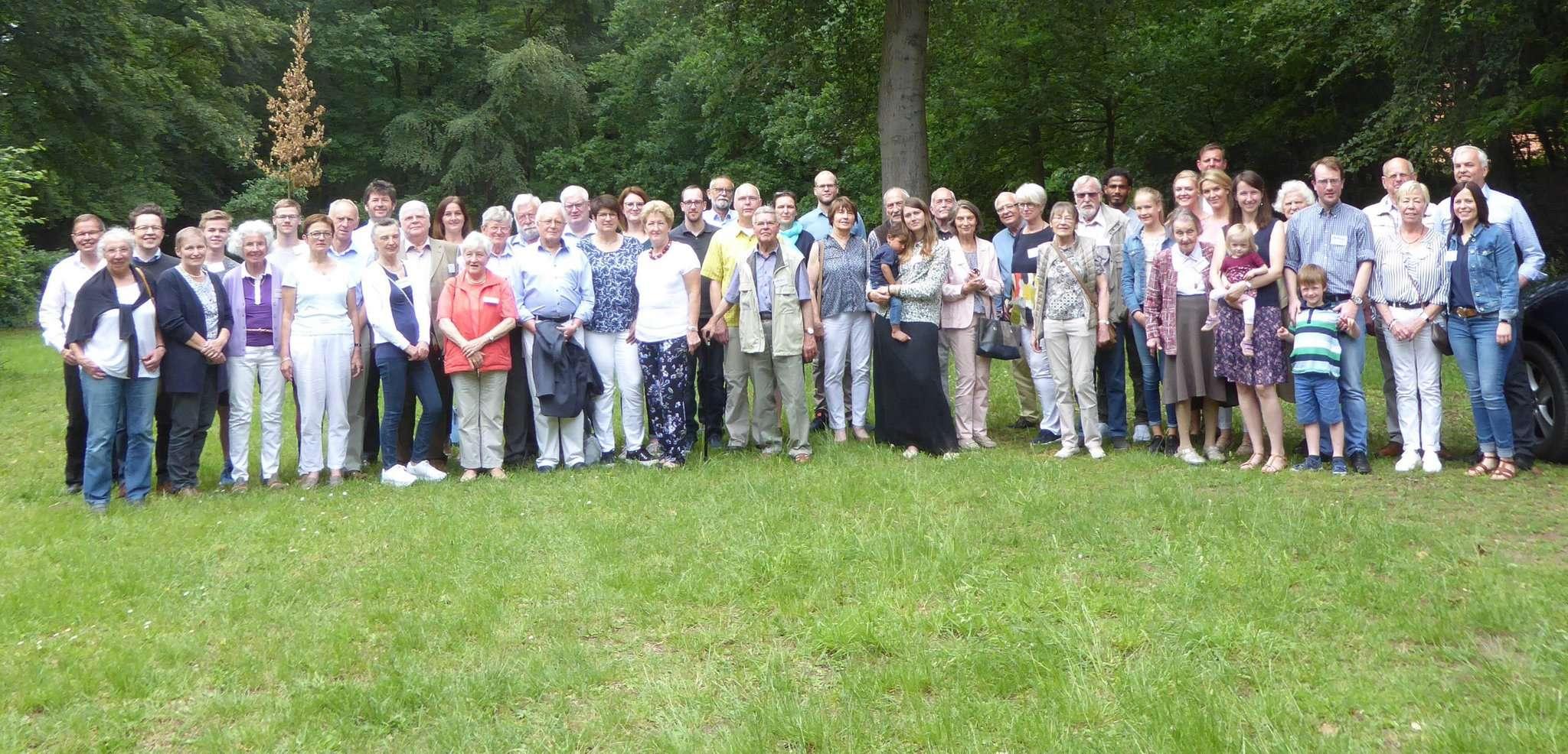 Eine Familie, mehrere Generationen: Von weit her kamen die Mitglieder, um beim Familientreffen dabei zu sein.