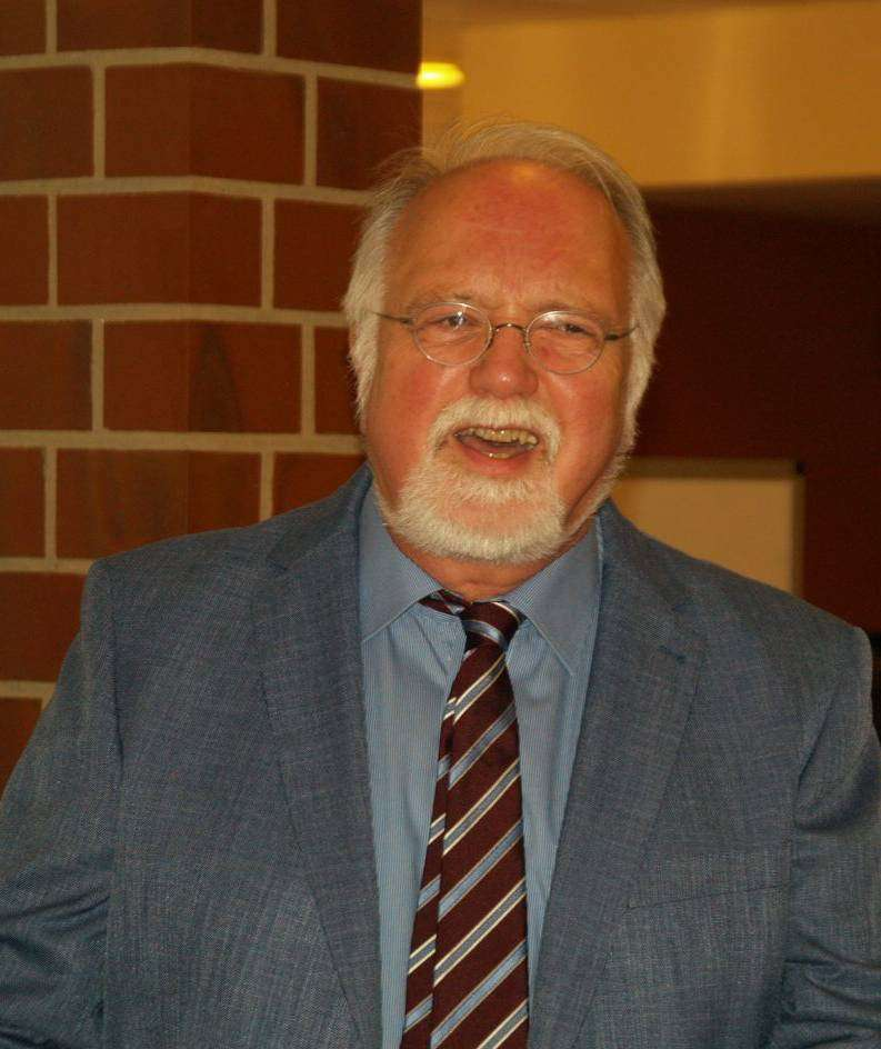 Eberhard Thamm blickt auf drei Jahrzehnte des Wirkens an der Lindenschule zurück. Foto: Sünje Lou00ebs