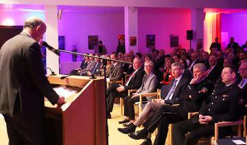 Mehr als 300 Gäste bei Neujahrsempfang von Stadt und RWF im Buhrfeindsaal  Von Dennis Bartz