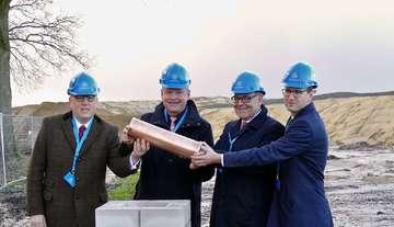 Grundsteinlegung für das Thyssen-Krupp-Logistikcenter - Von Hans-Jörg Werth
