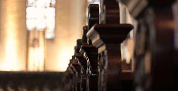 Kirchen stellen sich CoronaAuflagen und starten Gottesdienste