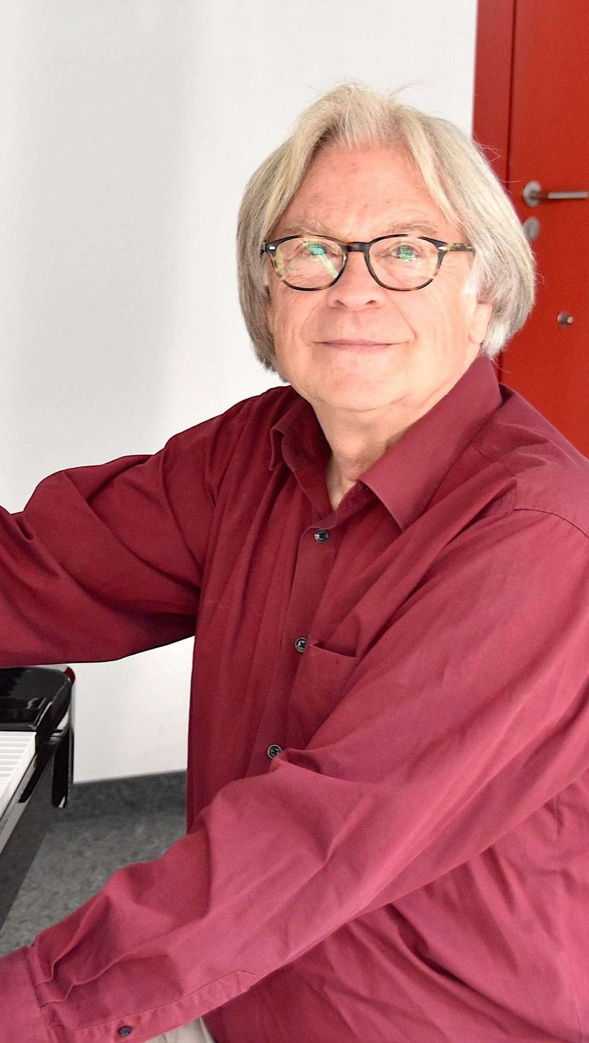 Peter Paulitsch lädt zu einem Balkonkonzert ein.