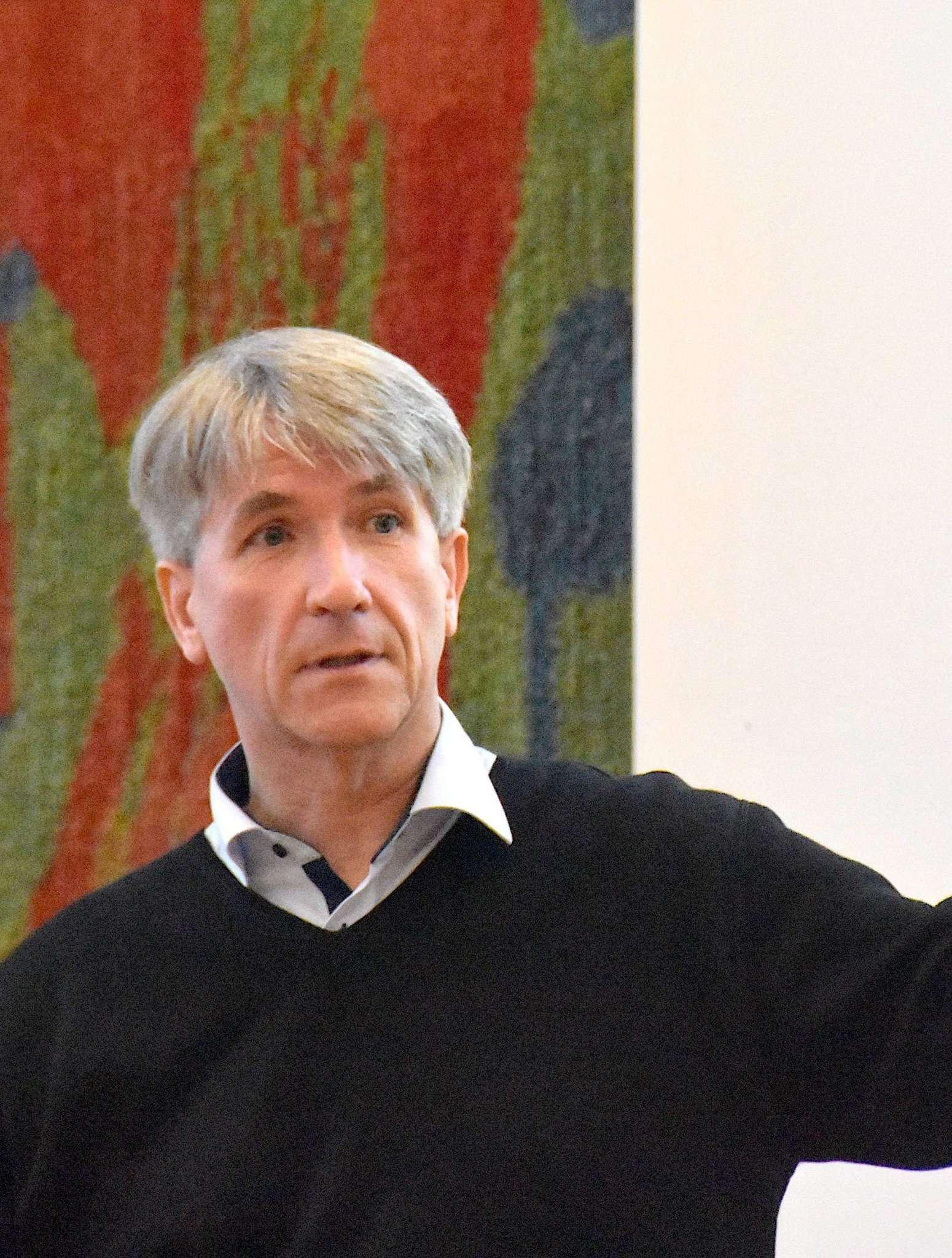 Jan Uwe Lammert, Spezialist für Nachhaltigkeitsberatung, freut sich über das Interesse.