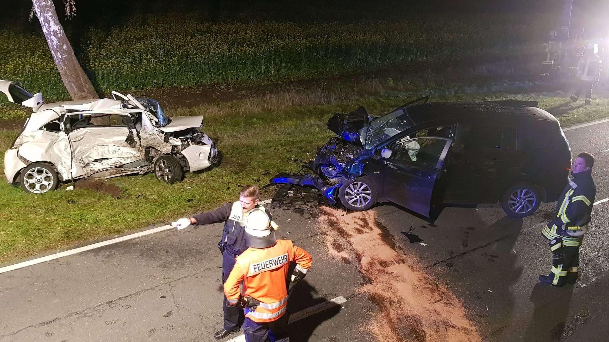Unfallstelle zwischen Visselhövede und Kettenburg: Für die junge Autofahrerin kam jede Hilfe zu spät.