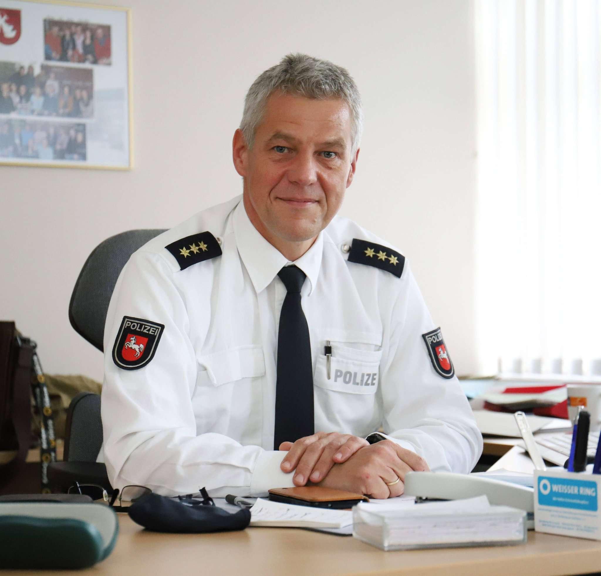Torsten Oestmann, Leiter der Polizeiinspektion Rotenburg, möchte das Sicherheitsgefühl der Bürger stärken.