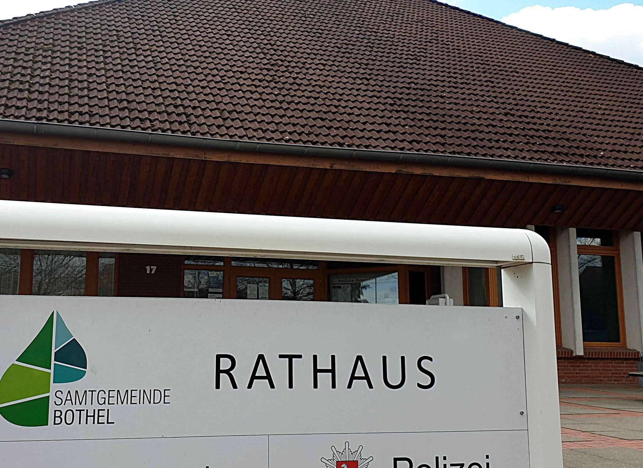 Das Rathaus in Bothel soll größer werden, und damit soll dann auch genügend Platz für die Polizei sein.