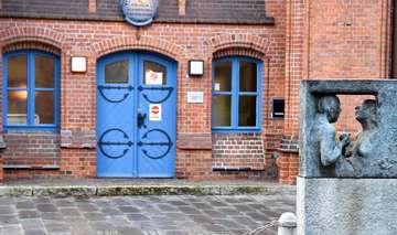Serie Verwaiste Orte die Volkshochschule in Rotenburg  Von Judith Tausendfreund