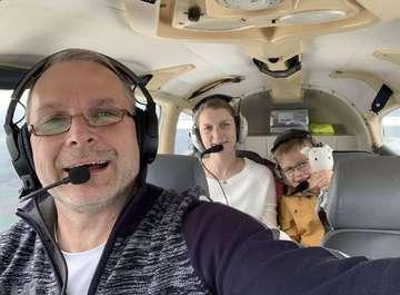 Rundschau erfüllt Sechsjährigem seinen größten Wunsch  Vater stirbt im Dezember 2019  Von Dennis Bartz