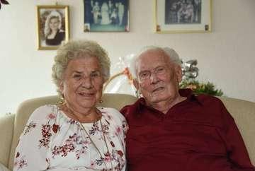 Helmut und Elly Ludwig feiern 65 Jahre Ehe  VON ANDREAS SCHULTZ