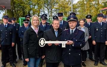 Einweihung des neuen Feuerwehranbaus in Westeresch