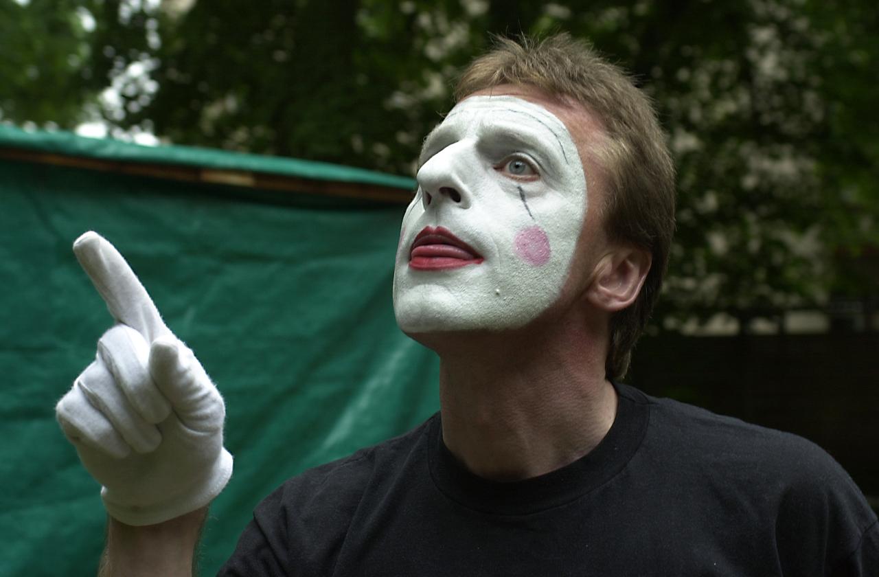 Seine Leidenschaft ist die Pantomime: Heute feiert Reinhard