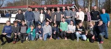 Traditionen pflegen Dorfjugend Hetzwege organisiert Schlagballspiel