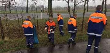 Scheeßel räumt auf Feuerwehr und Verwaltung zufrieden