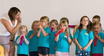 Kindertagesstätte Regenbogen erhält Auszeichnung