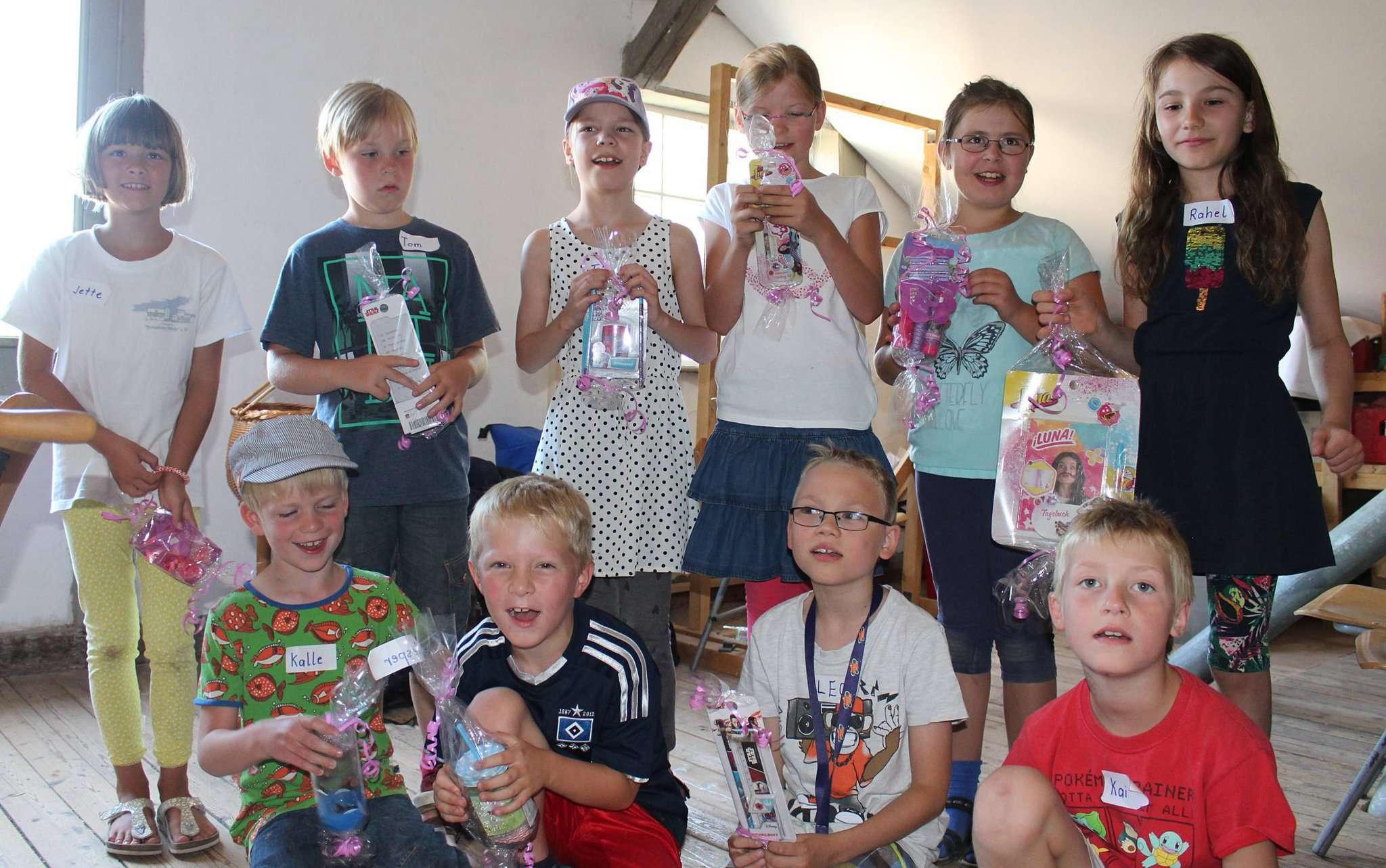 Die Jäger des verlorenen Schatzes: Zehn Grundschüler haben die Mühle unsicher gemacht. Foto: Ann-Christin Beims