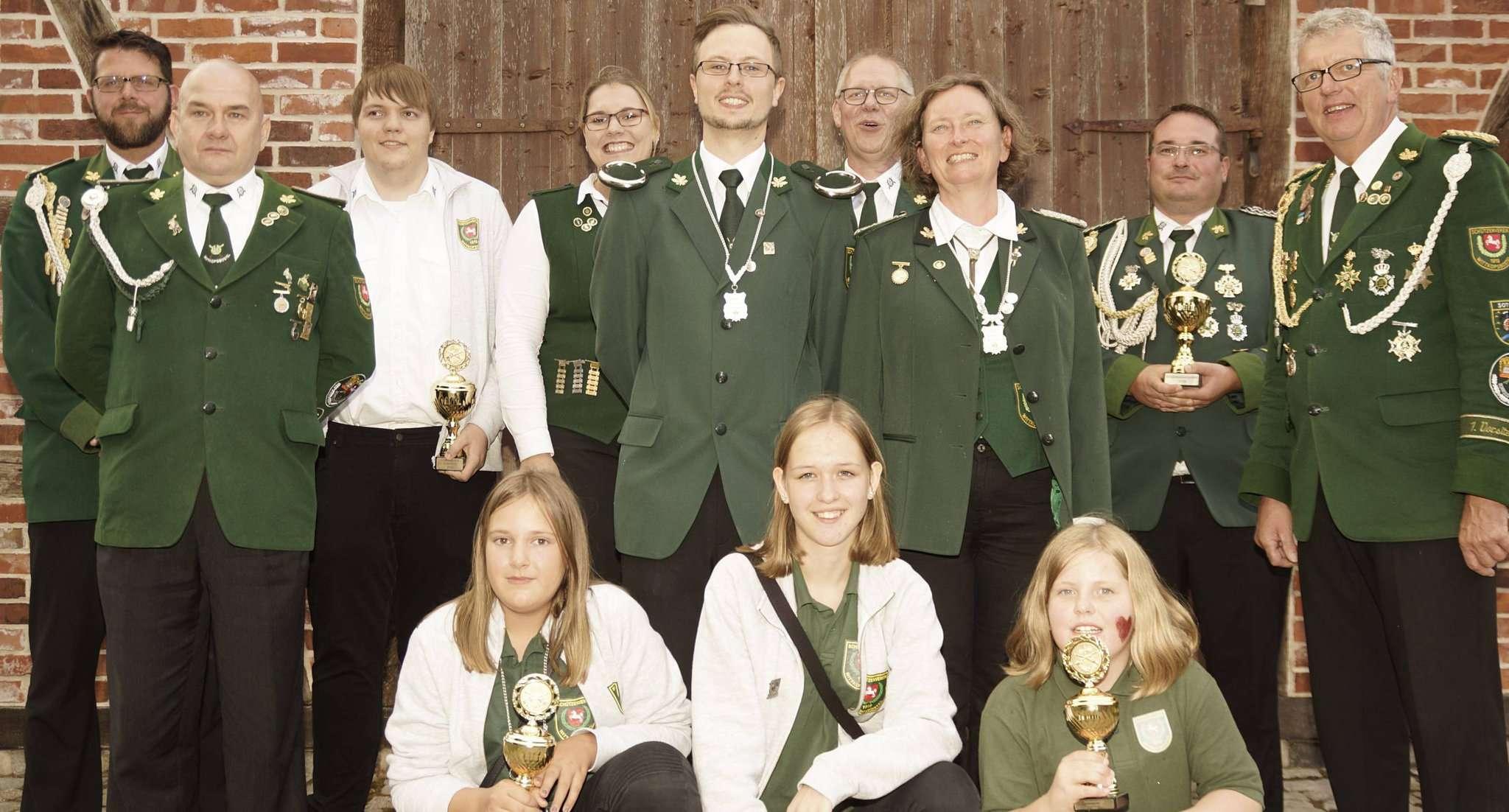 Bild: die neue Ertemeister Familie Foto: Erich Schulz