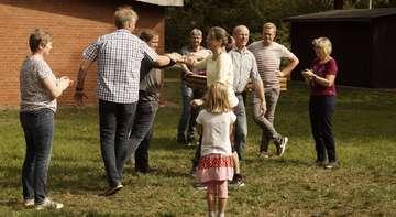 Tanzstunde im Heimatverein