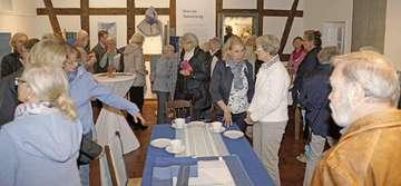 Ausstellung Das Blaue Wunder  von Hand gewebt